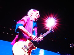 Keith Richards having a laugh on the big screen (Olympus Pen-F)